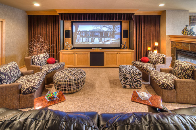 7 Home Theater Family Room 690 Mx 690 M